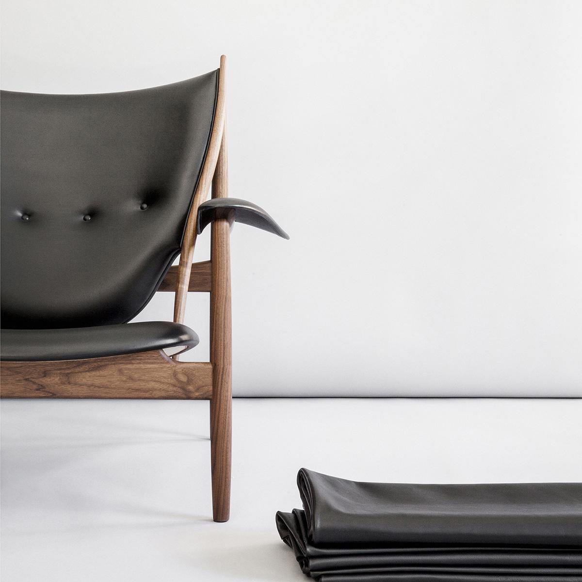 Chieftain Chair By Finn Juhl From House Of Finn Juhl Crafted In Sorensen  Leather ELEGANCE / Black. Photo Jonas Bjerre Poulsen