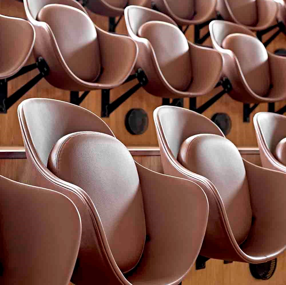 Auditorium seats inside Axel Towers crafted in Sørensen Leather
