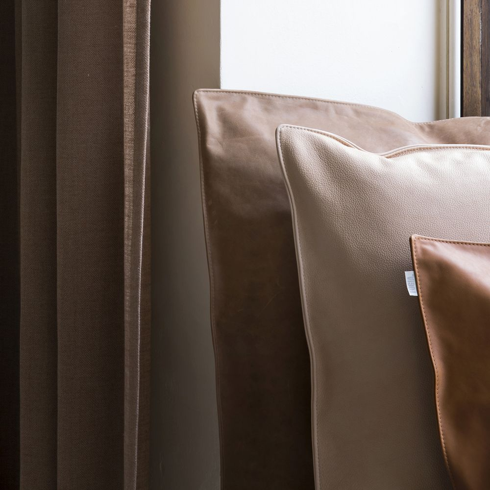 Fogia and Note Pillows shown with Astrid Textiles. Pillows crafted with Sørensen Leather SHADE Ochre, DUNES® Camel and PURE Nature