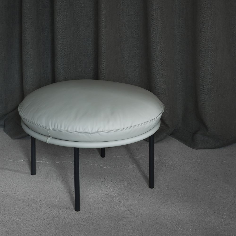 Fogia Tiki stool COSMOPOLITAN Oyster leather