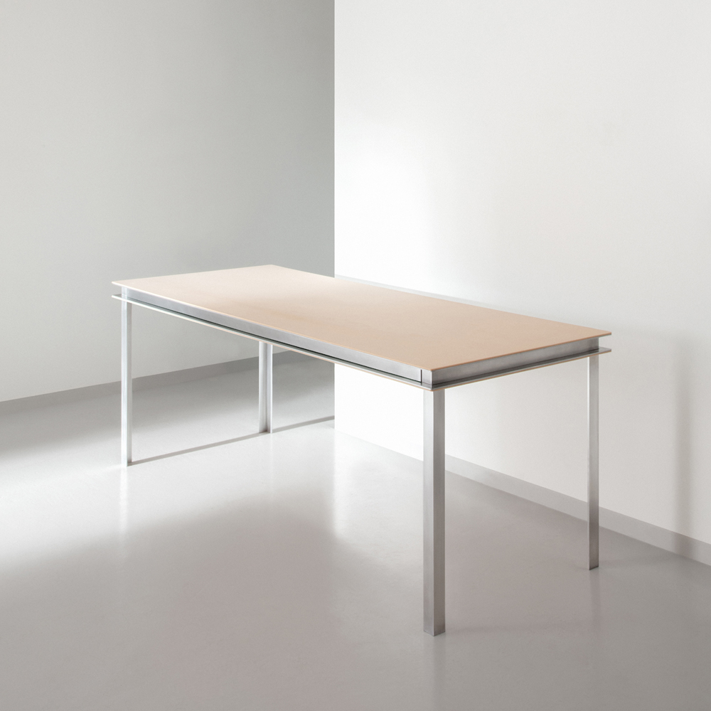FLUX® desk in Nature and Light Blue with silver aluminium legs
